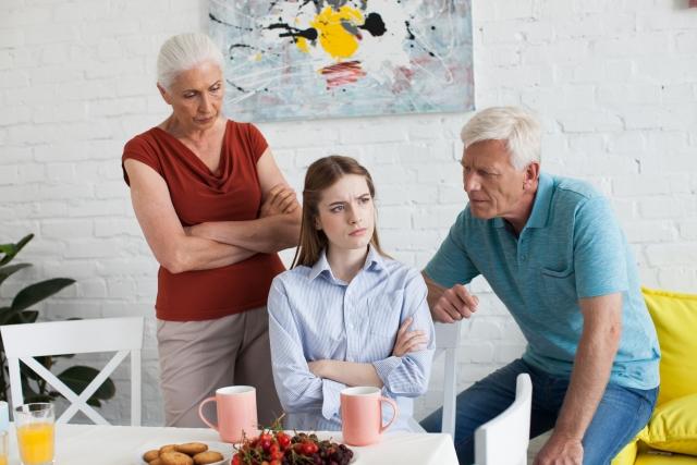 アラサーが婚活で陥りがちな家族からの重圧