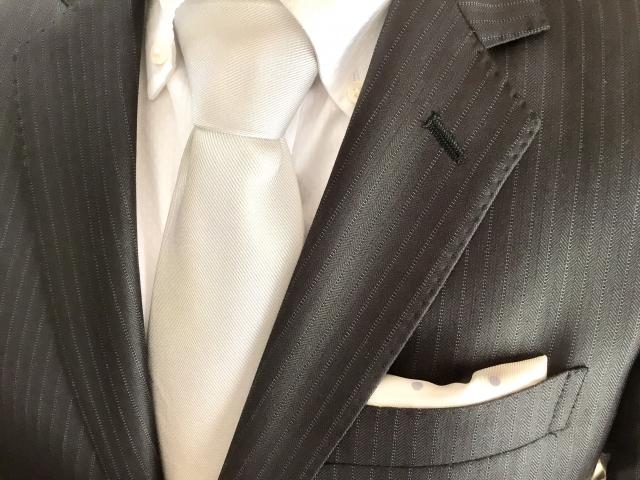 夏の婚活パーティーでの男性の服装【年代別】