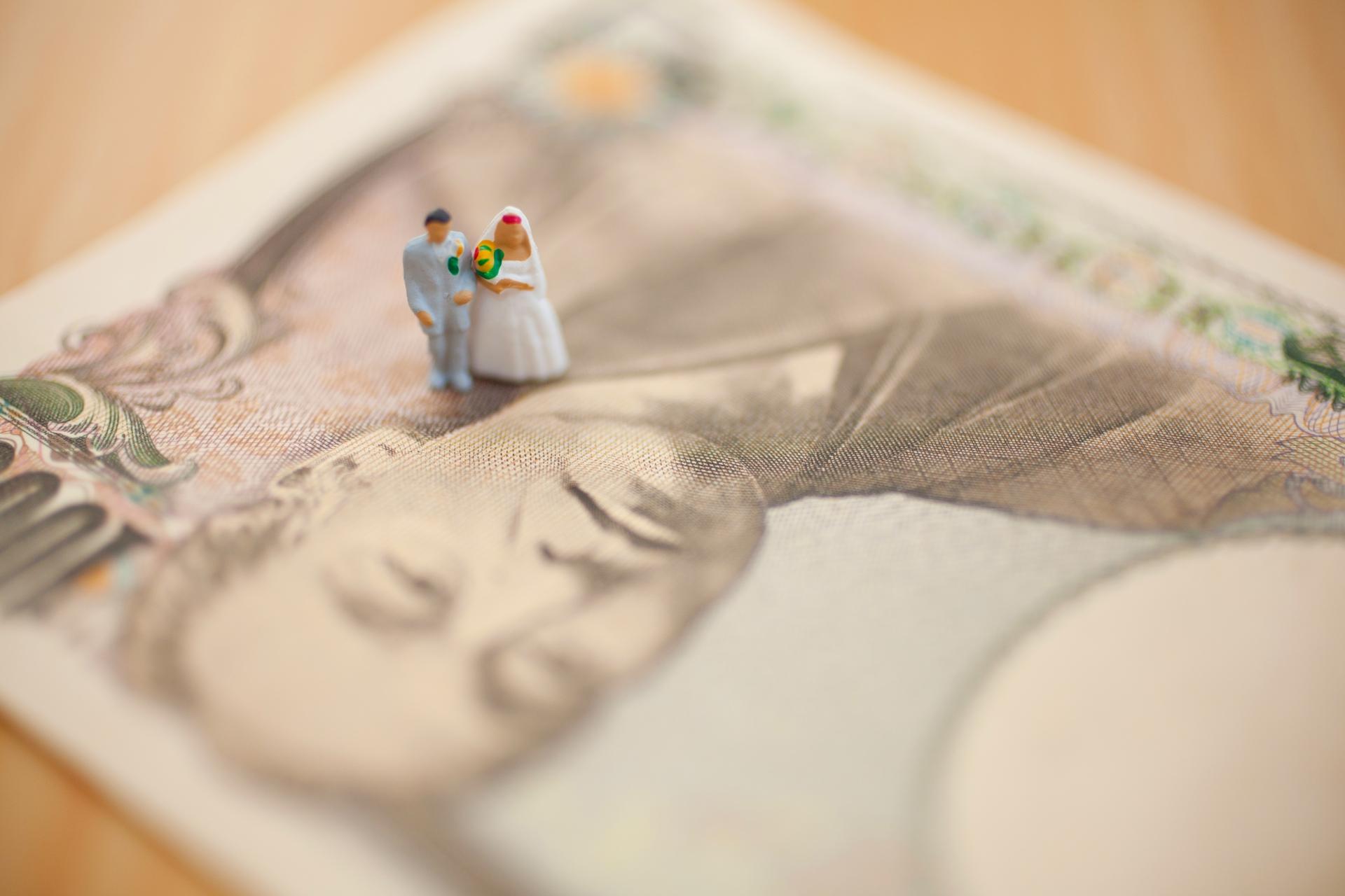結婚は「貯金がない」人もできる?結婚資金はいくら必要か金額を計算してみよう!