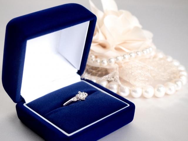 高橋真麻さんが結婚しました