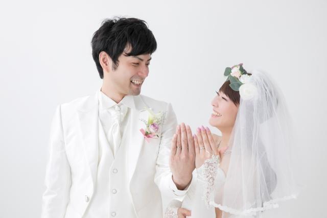 女性が結婚を決めるきっかけ