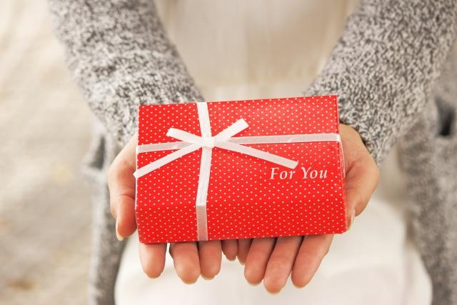 【2019】バレンタインの義理チョコ「平均予算」はいくら?友達・職場・家族別解説!