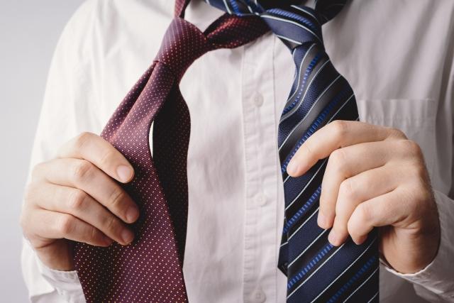 会社・職場の飲み会の男性の服装のポイント