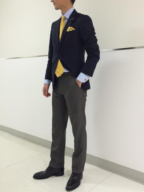 休日の40代男性のフォーマルな服装①