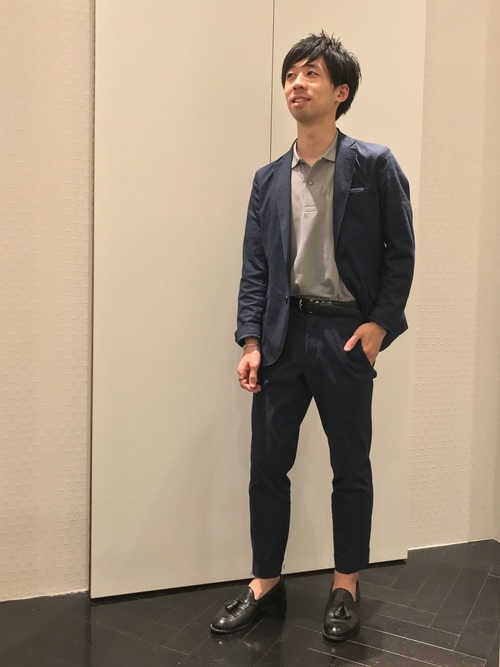 休日の40代男性のカジュアルな服装③