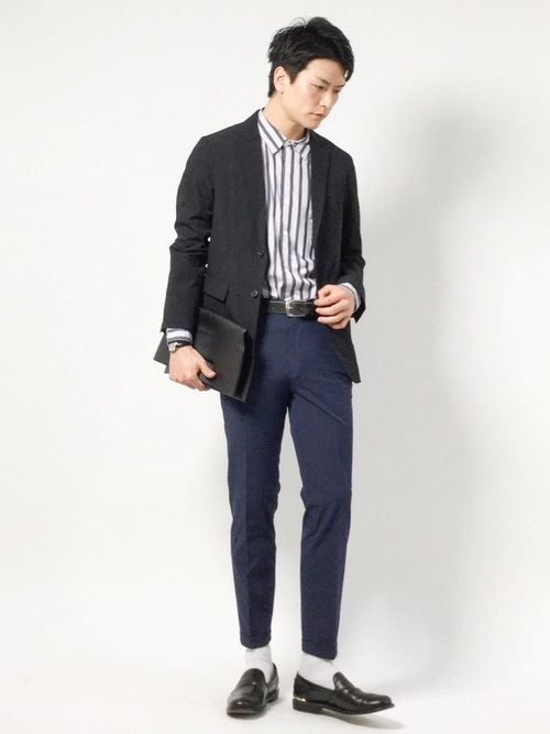 休日の40代男性のフォーマルな服装②