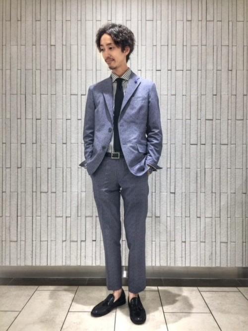 平日の20代男性の服装①