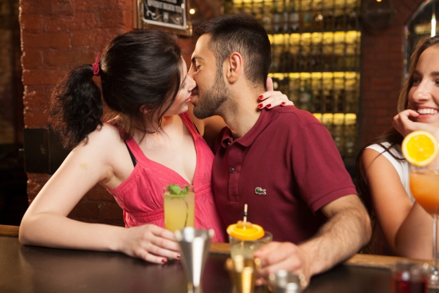 飲み会でキスした男性が脈なしだったら