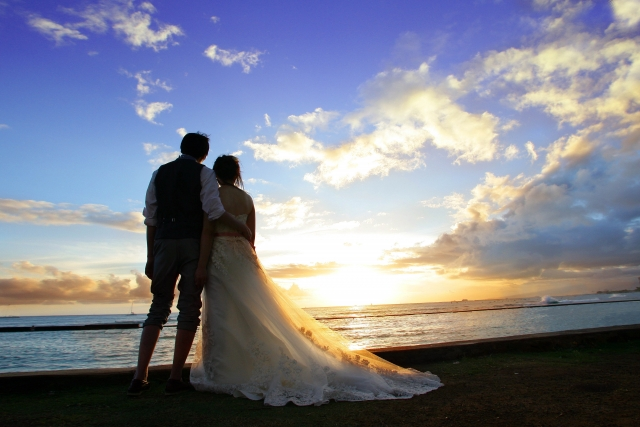 結婚を選択したカップル