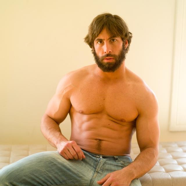 男性の乳首