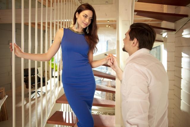 保険会社主催の婚活パーティーに参加するメリット