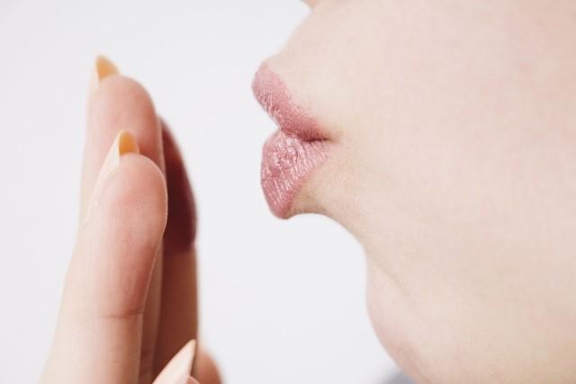 女性のきれいな唇