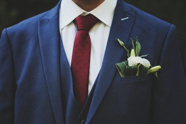 結婚する男性